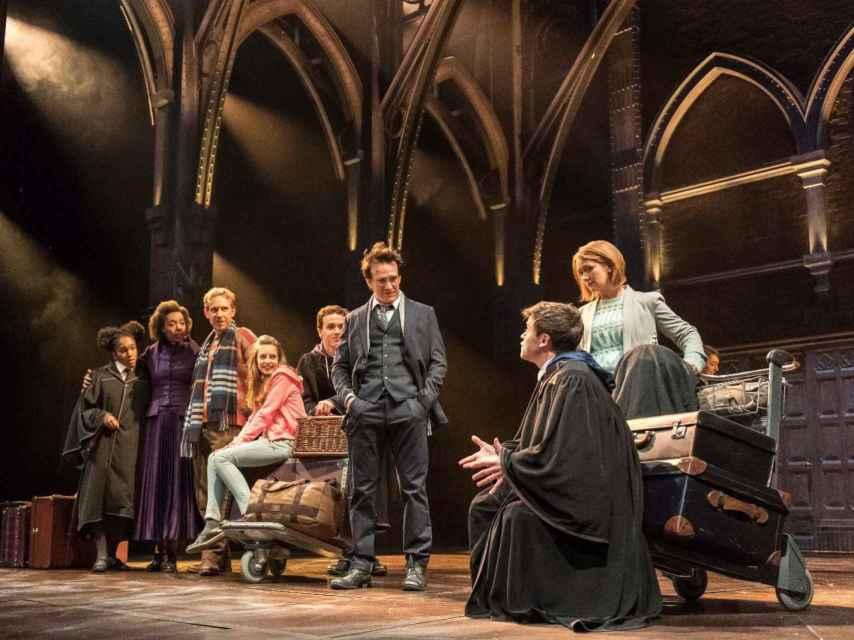 Una de las escenas de la obra teatral Harry Potter y el legado maldito, último éxito de Rowling.