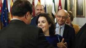 Sáenz de Santamaría y Montoro durante una reunión preparatoria para la Conferencia de Presidentes.