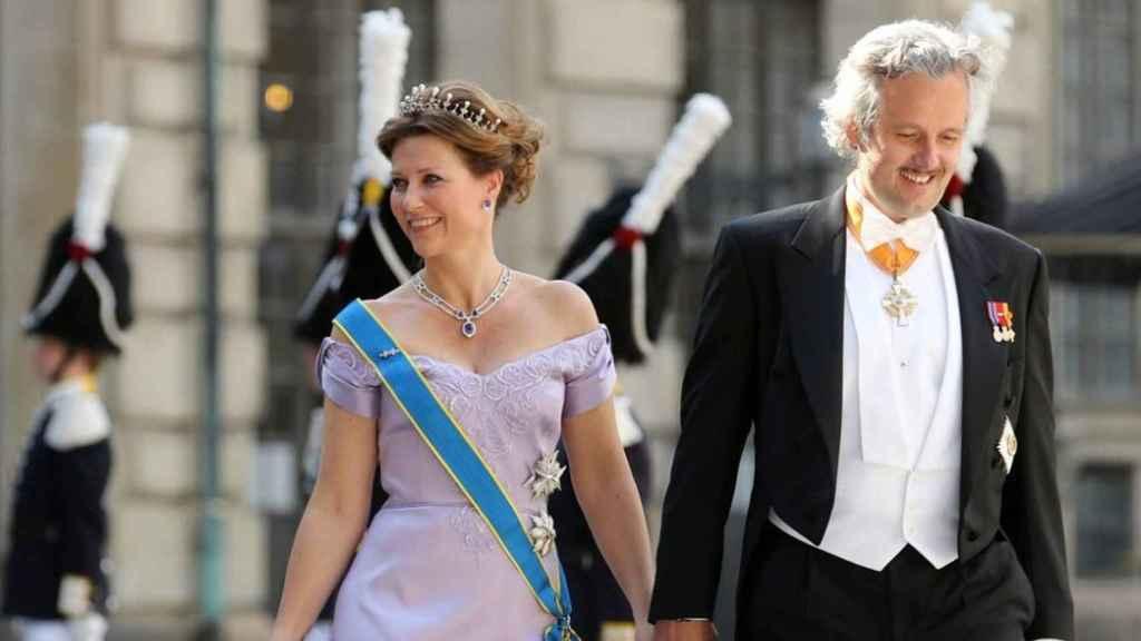 Marta Luisa y Ari Behn en una de las bodas reales europeas a la que acudieron cuando aún eran pareja.