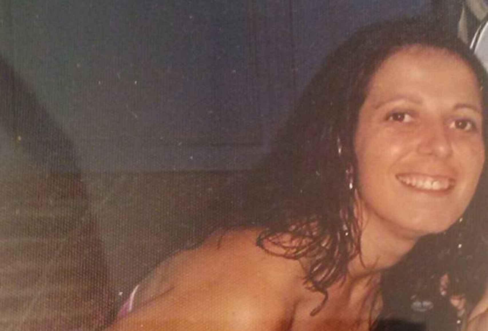 Toñi vivía en Huércal de Almería, donde trabajaba en un almacén de frutas y verduras y en un bar como camarera.