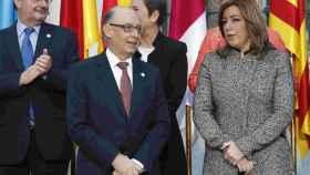 Montoro y Díaz a la entrada de la Conferencia de Presidentes.