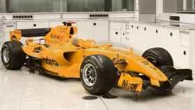 EL MP4-20 de Pedro de la Rosa ya vestía completamente de naranja.