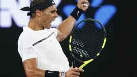Nadal celebra su victoria a Baghdatis.
