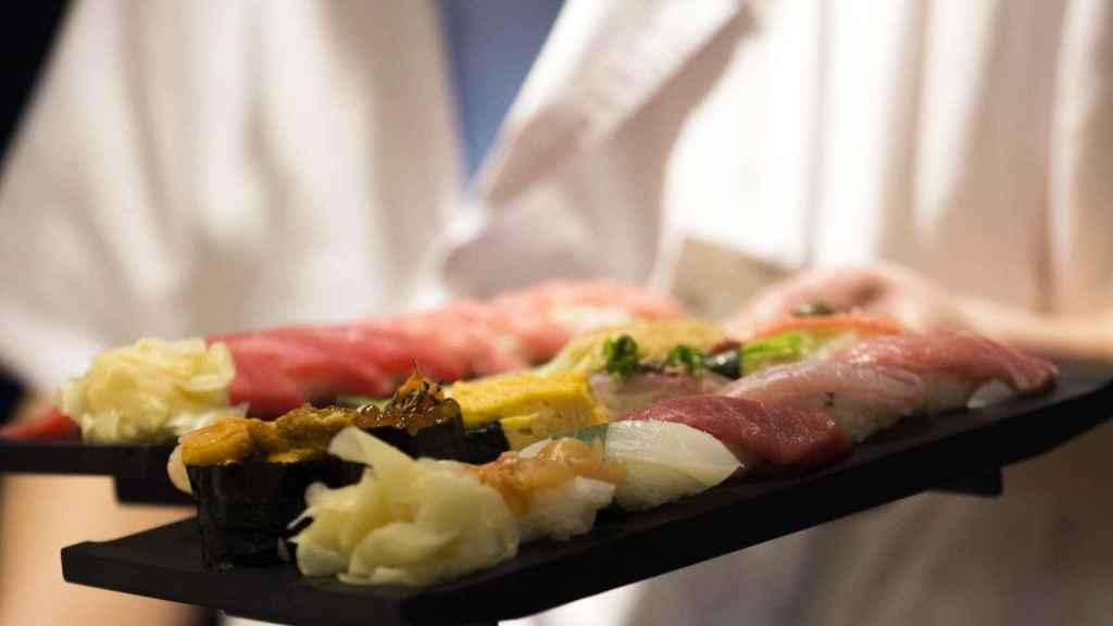Una caja de sushi