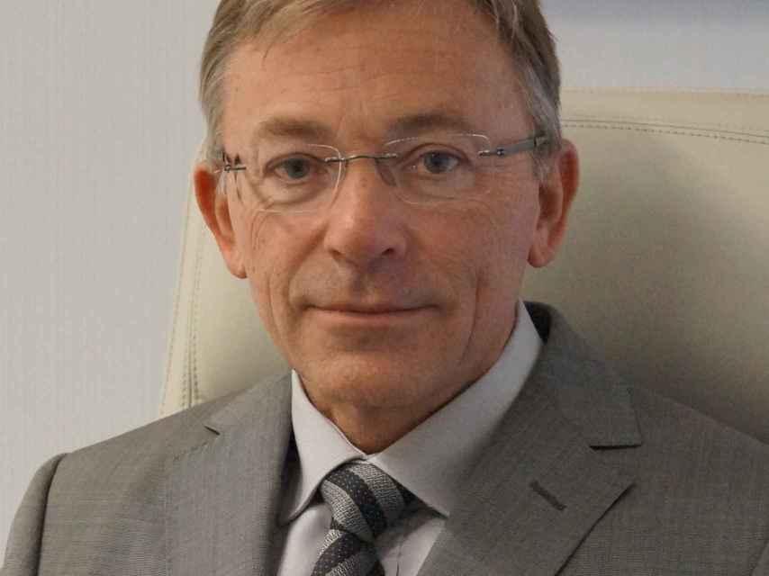 Enrique Llobell, presidente Colegio Oficial de Odontólogos.
