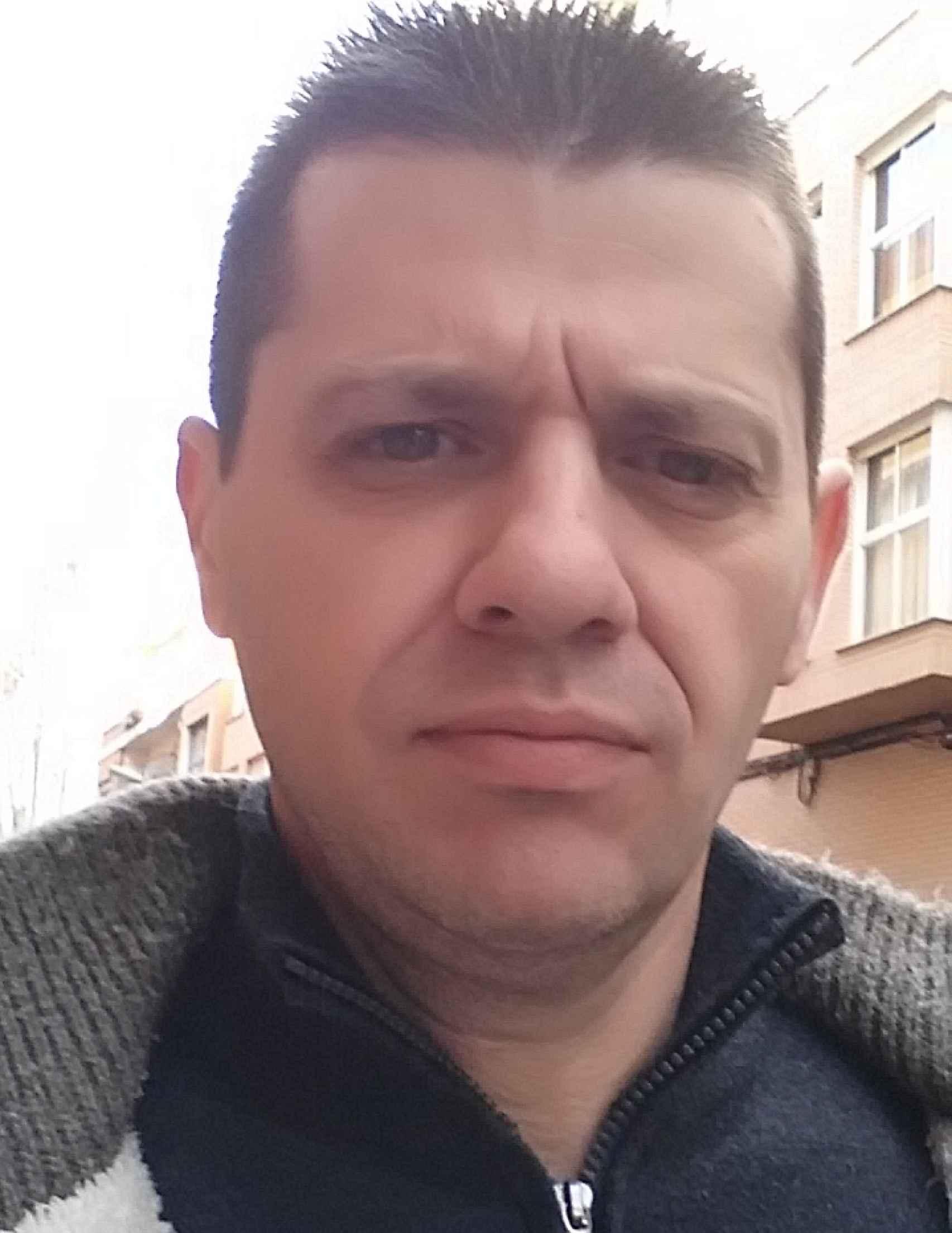 Joaquín Martínez Juan ha denunciado a la clínica dental Ceio.