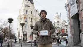Javier Fernández ha inventado este medidor, del tamaño de una caja de zapatos.