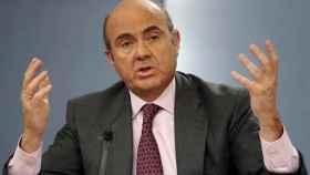Luis de Guindos, ministro de Economía, explica el decreto de devolución de cláusulas suelo