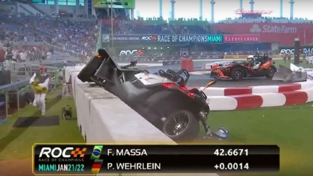 El golpazo entre Wehrlein y Massa en una exhibición.