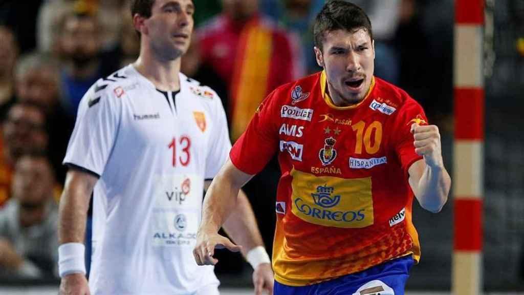 Alex Dujchebaev celebra un gol.