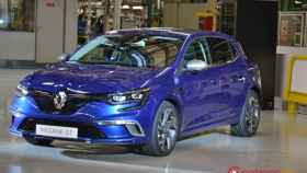 renault fabrica coches palencia 22