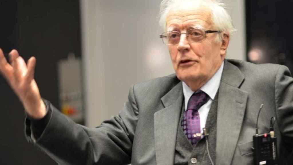 El estadístico británico David Cox.