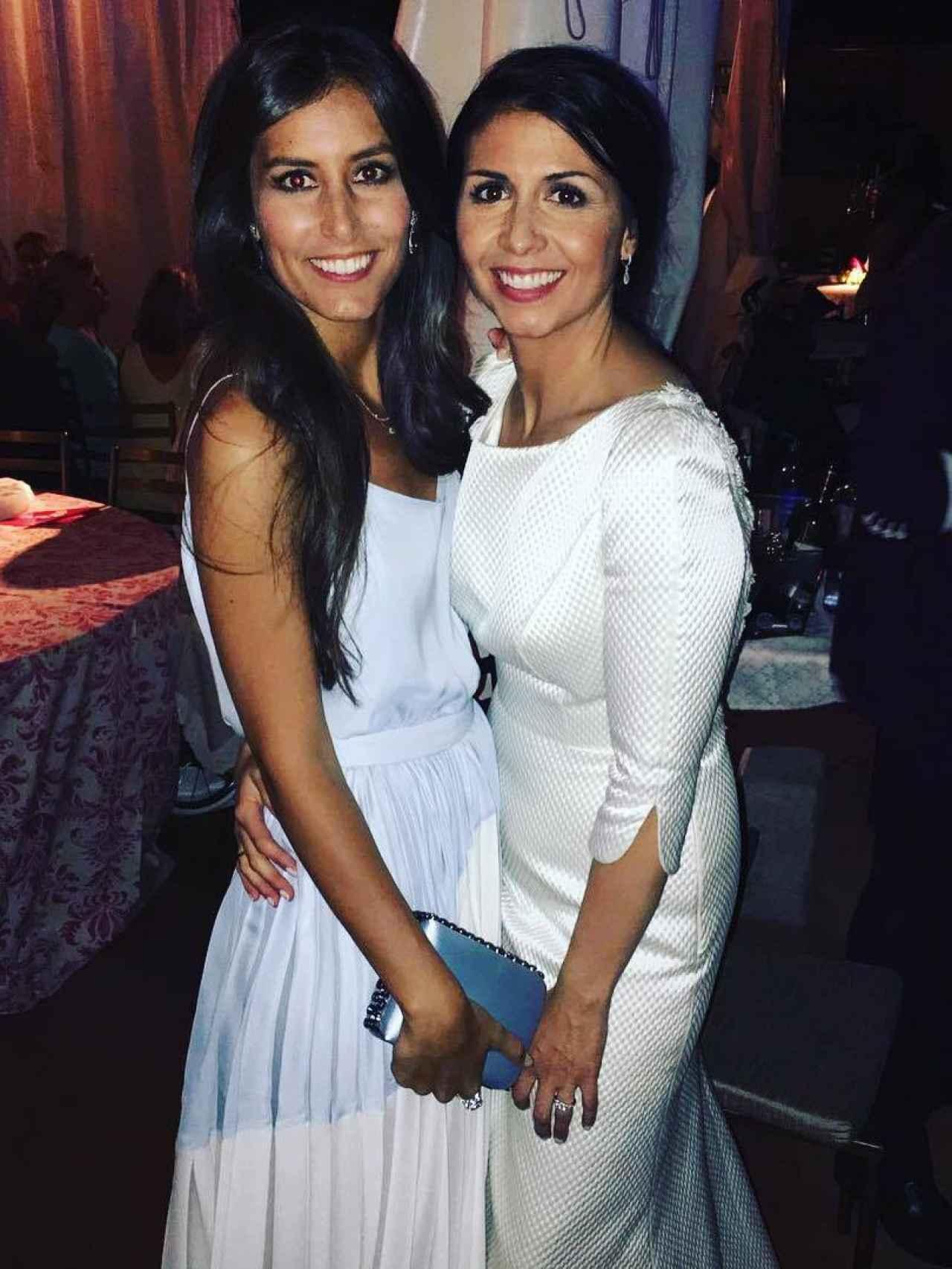 Ana Boyer y sara Verdasco el día de la boda de la hermana del tenista.