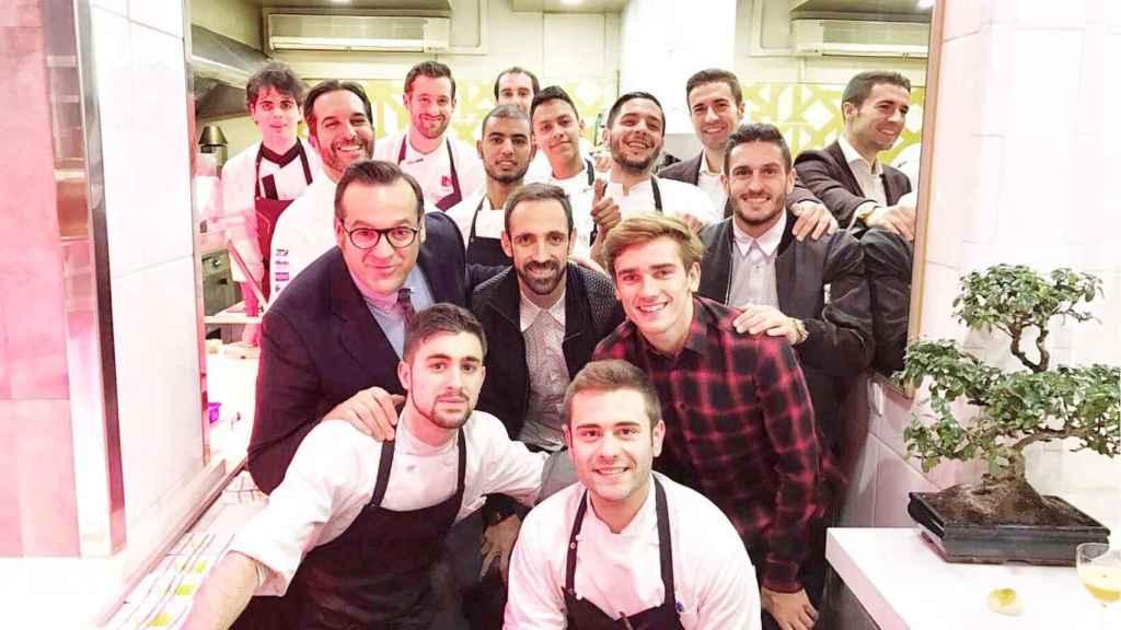 Los jugadores del Atlético de Madrid comiendo en Coque