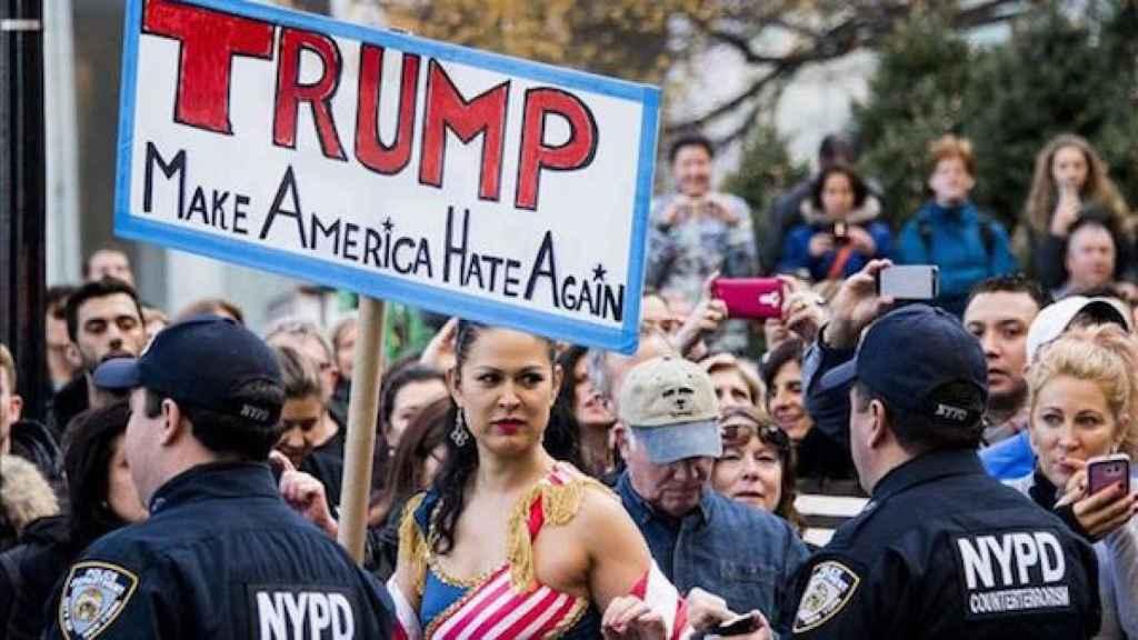 Manifestación de mujeres contra Donald Trump.