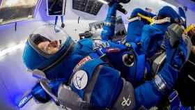 Un astronauta con el nuevo traje