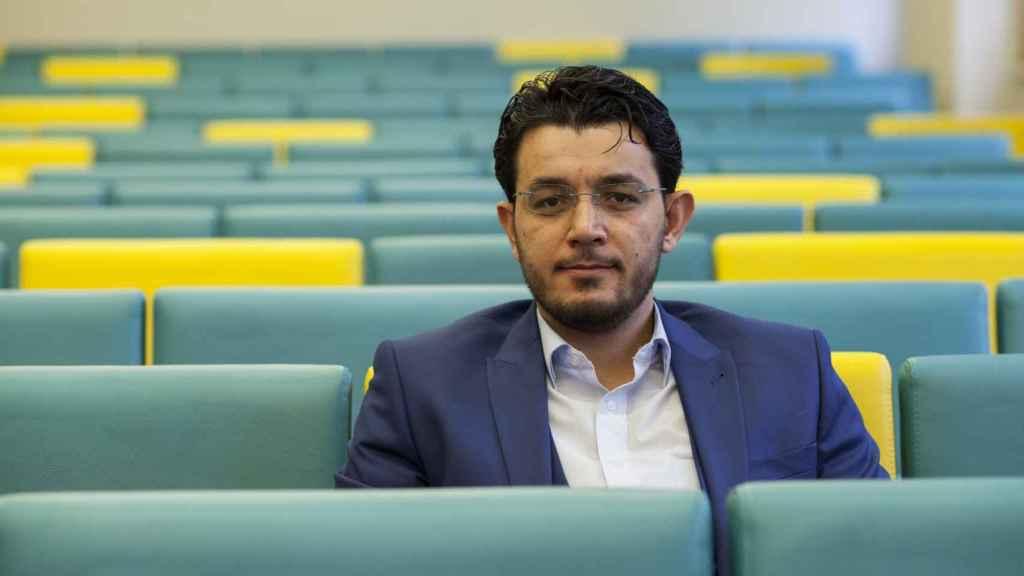 Amjad Fareku, director de operaciones de la ONG siria Sharm el Jeir, en su visita a Madrid.
