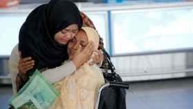 Dos mujeres dubaitíes en el aeropuerto JFK de Nueva York.