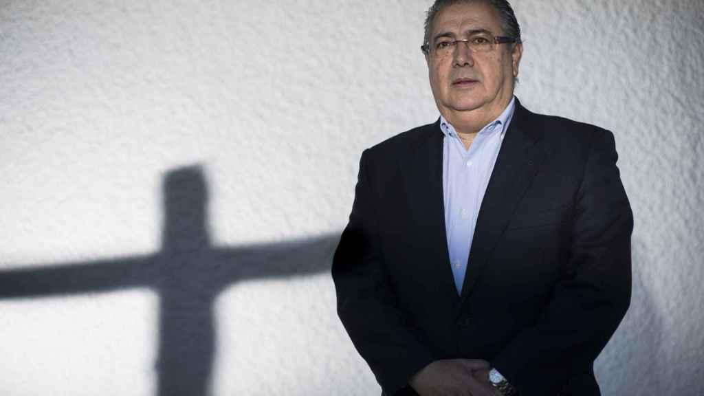 Juan Ignacio Zoido posa durante la entrevista.