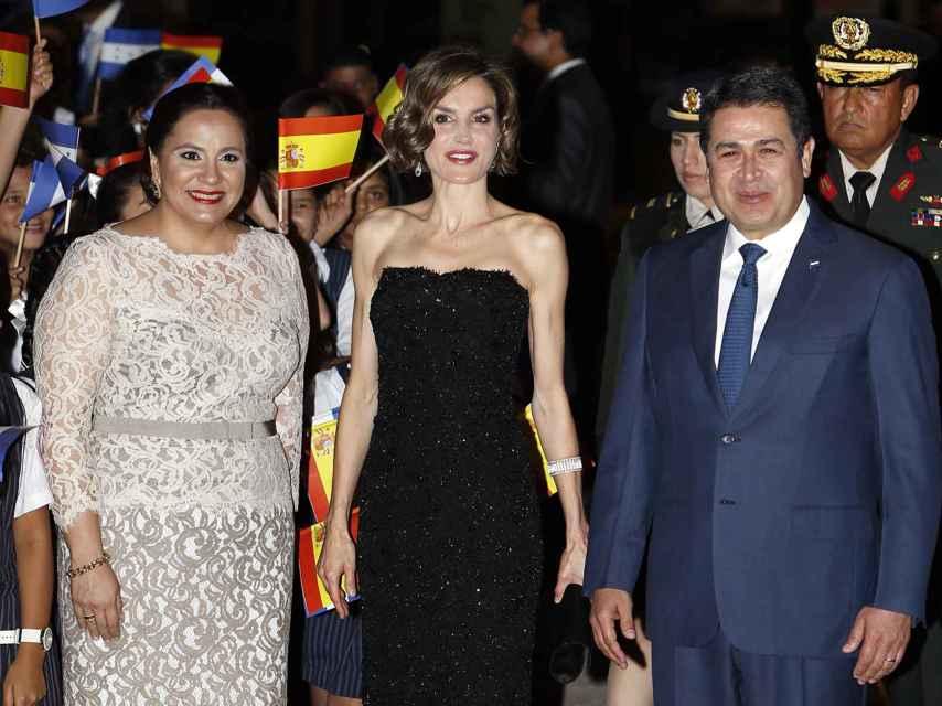 Letizia, durante la cena de gala con el presidente de Honduras y la esposa de éste.