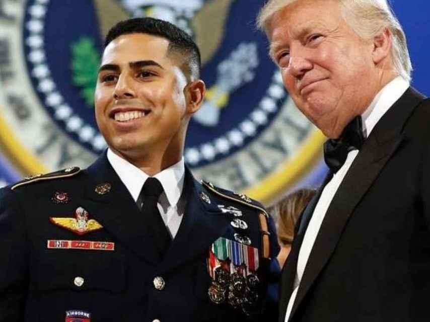 El día del baile, José Ángel habló con Trump. Dice de él que es una persona simpática por los chistes que contaba.