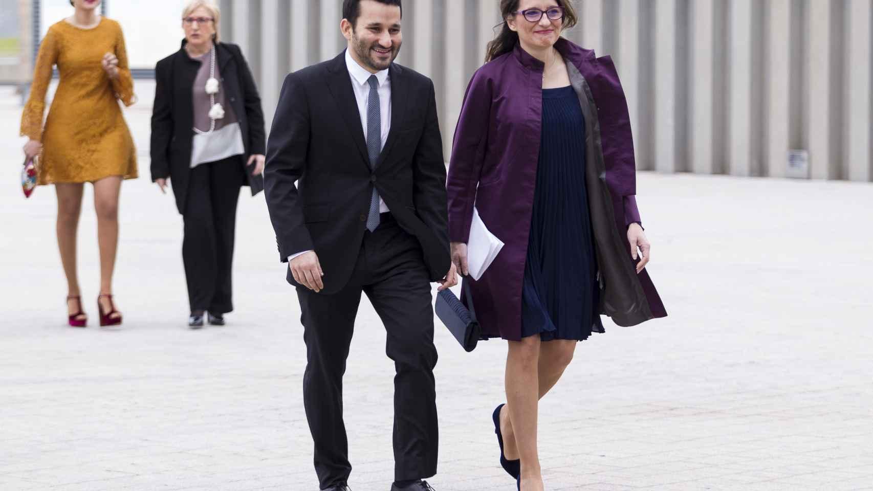 Los 'ciudadanos' Carolina Punset y Alexis Marí se dan el 'sí, quiero'