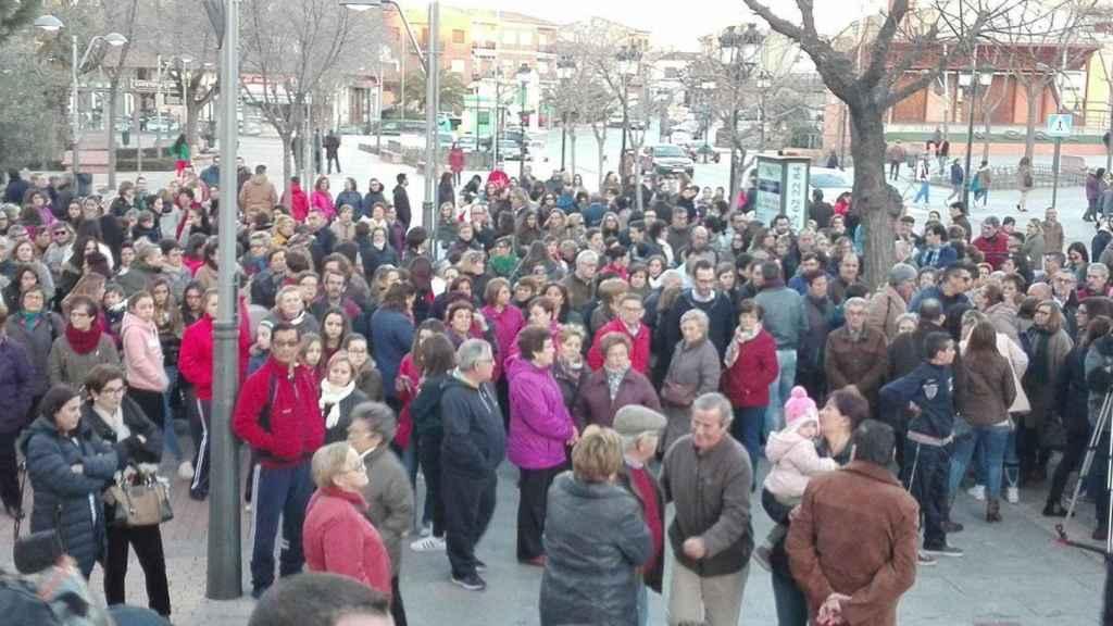 Concentración en Mora para mostrar rechazo a la violencia machista.