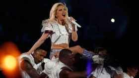 Lady Gaga durante su actuación en el descanso.
