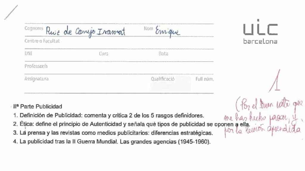 El examen de Historia y Teoría de la Publicidad de Alfonso Méndiz junto a la nota puesta a su alumno.
