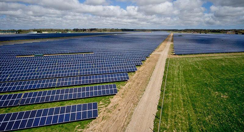 energia-solar-parque-placas-solares