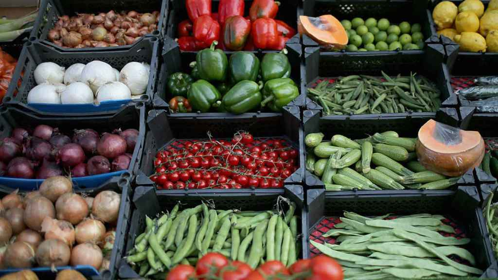 Seven-A-Day Fruit And Vegetables Recommended Intake