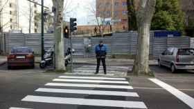 avenida-ramon-y-cajal-peatones-semaforo-valladolid