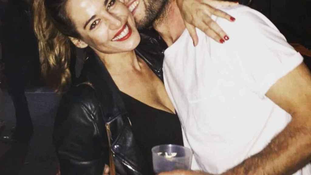 Ana Bono junto a Gabriel Funes durante una fiesta.