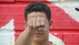 Manuel escapó de la guerrilla cuando tenía 15 años.