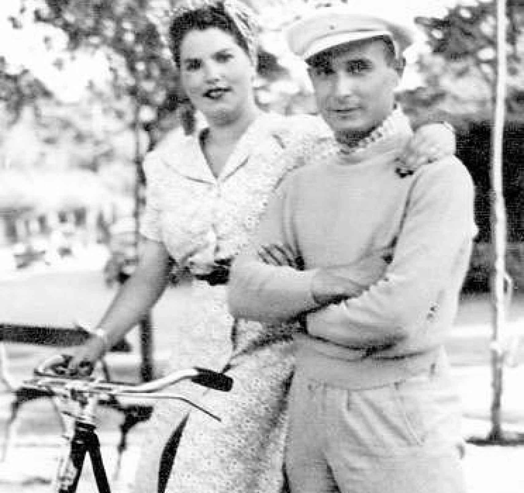Araceli González Carballo y Juan Pujol, en una foto del álbum familiar.