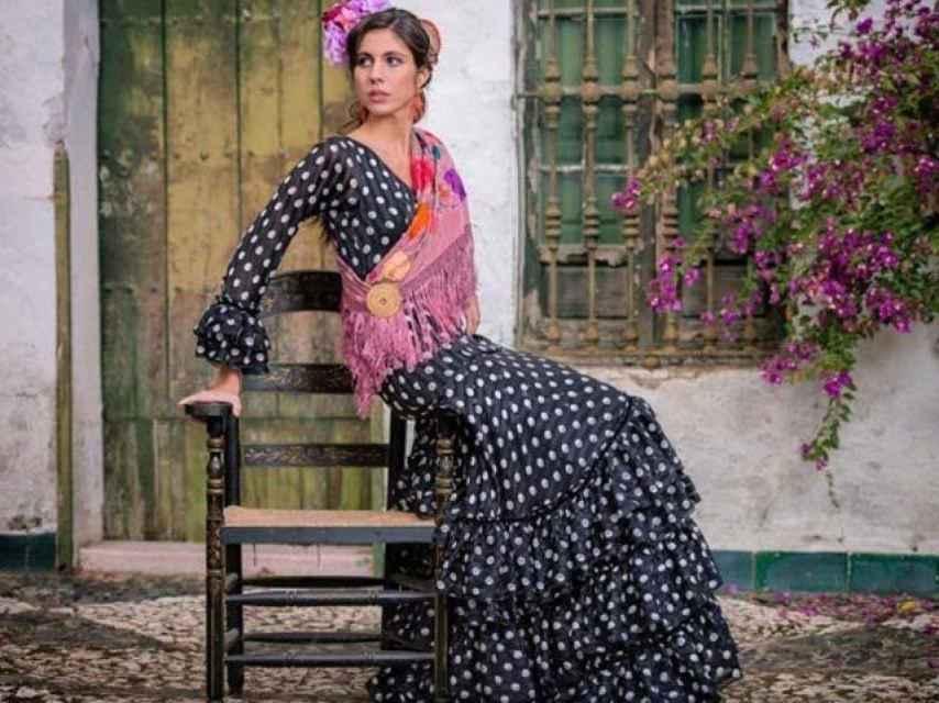 Ana Cristina posa para el nuevo proyecto de moda de Lourdes Montes.
