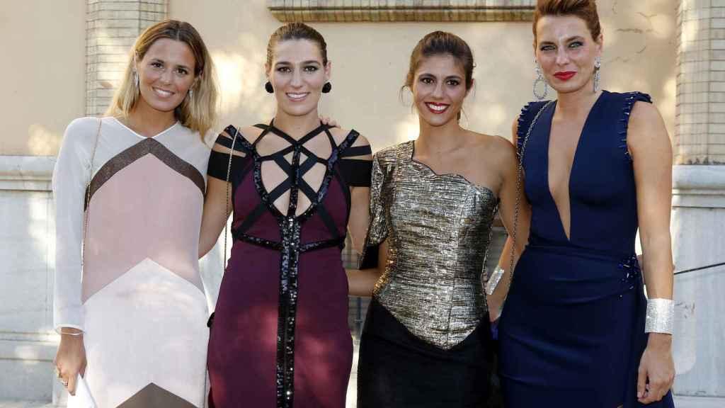 De izquierda a derecha, Claudia, Alejandra, Ana Cristina y Eugenia, de boda en septiembre del pasado año.
