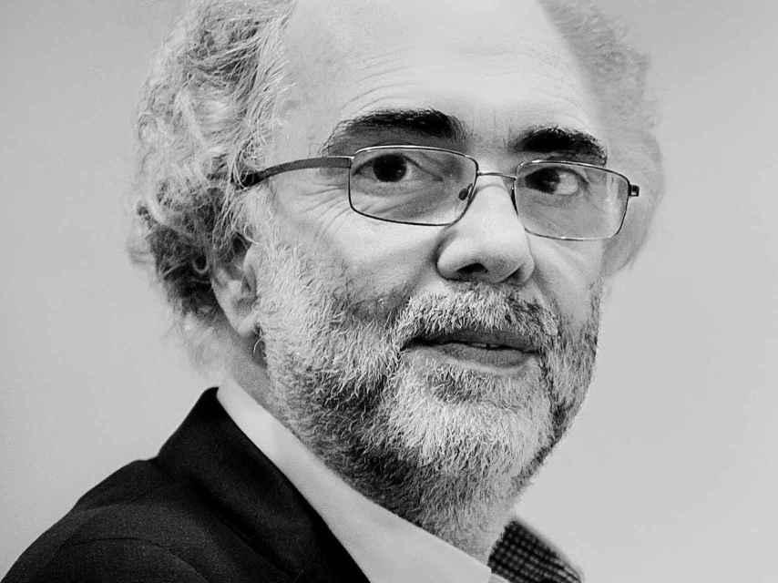 Peter Spiegel defiende que su idea acabaría con la desigualdad.