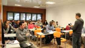 Opositores durante una clase en la Academia Abalar de Madrid