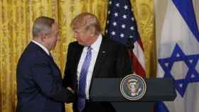 Netanyahu en su primer viaje oficial a EEUU en la era Trump.