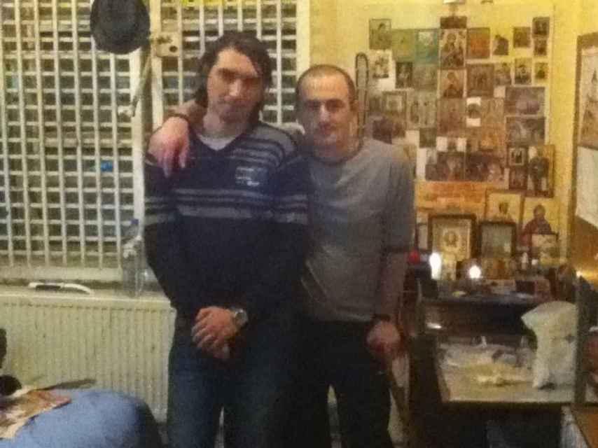 Japaridze, a la derecha, durante su estancia en prisión.