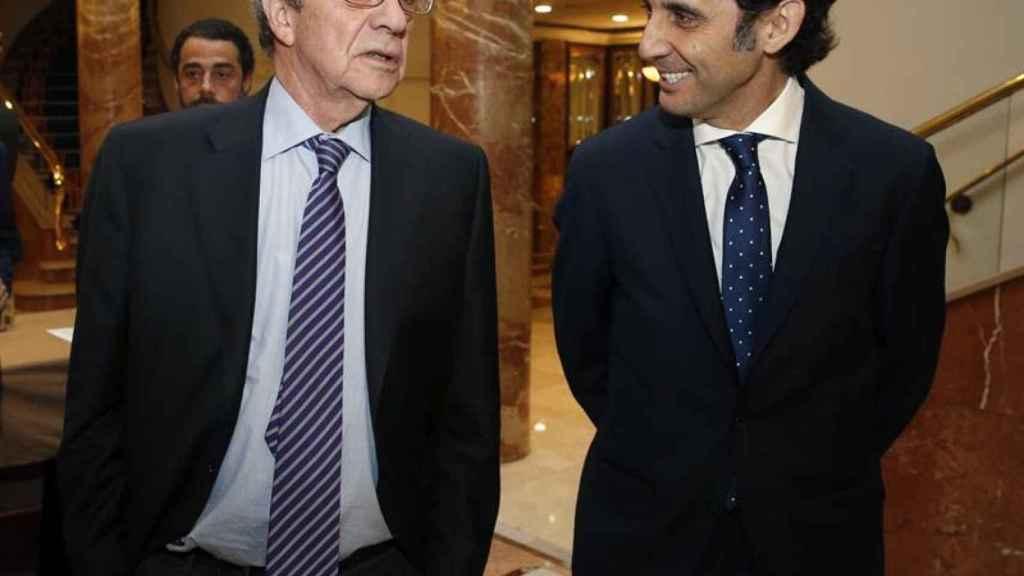 José María Álvarez-Pallete junto a su antecesor en la presidencia de Telefónica, César Alierta.