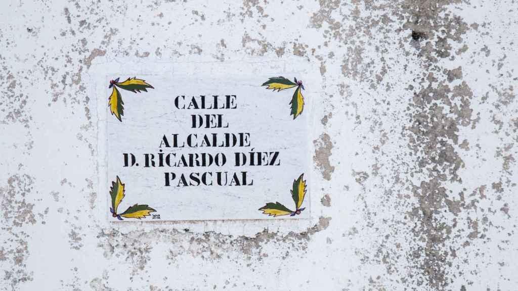 Ricardo Díez Pascual tiene una calle con su nombre en su propio pueblo.