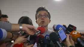 Errejón atiende a los medios al finalizar el Consejo Ciudadano.