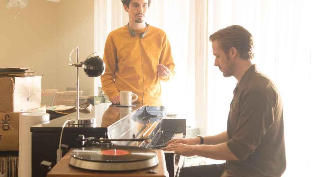 Damien Chazelle con Ryan Gosling en el rodaje de La La Land.