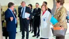consejero-sanidad-visita-centro-estudios-biomedicos-salamanca