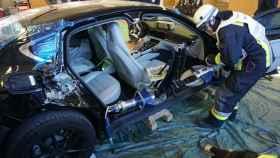 Así entrenan los bomberos, con un Porsche Panamera