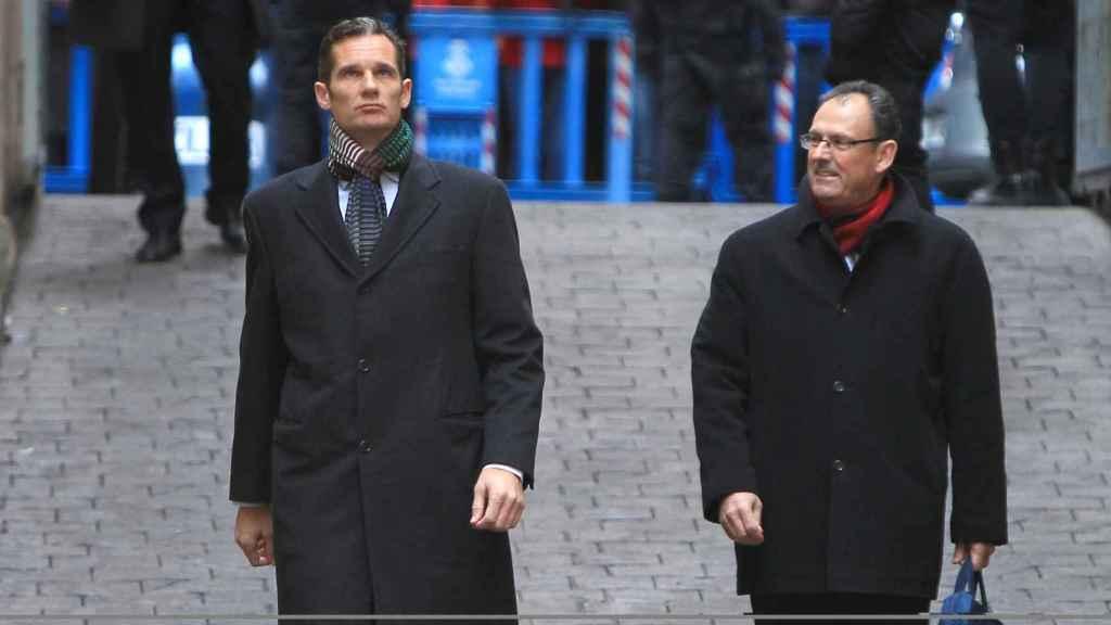 Iñaki Urdangarin y su abogado Mario Pascual Vives