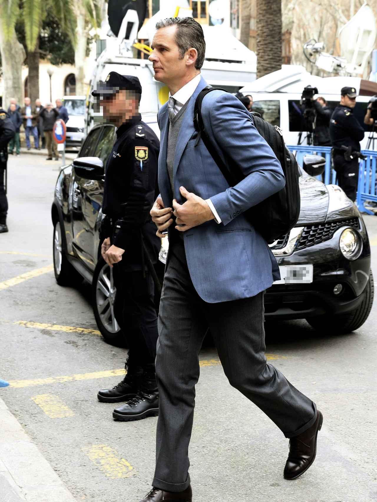 Iñaki Urdangarin entrando en la Audiencia Provincial de las Islas Baleares.