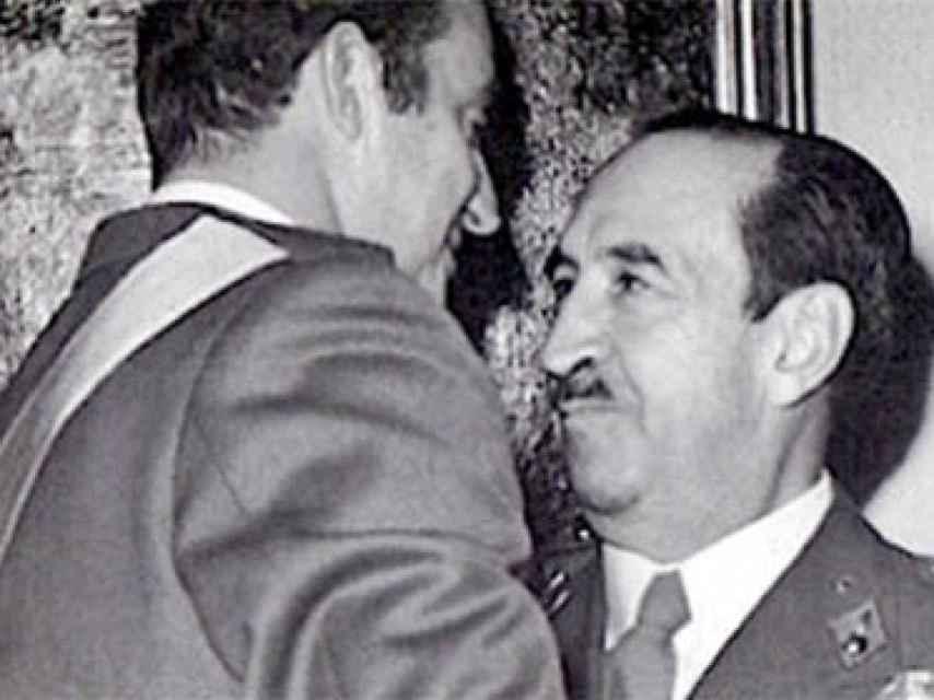 El rey Juan Carlos y Alfonso Armada.